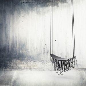 Ingrid Sol Leccia / Sculpture aérienne balancelle