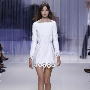 White is White - Carven - Marie Claire Méditerranée