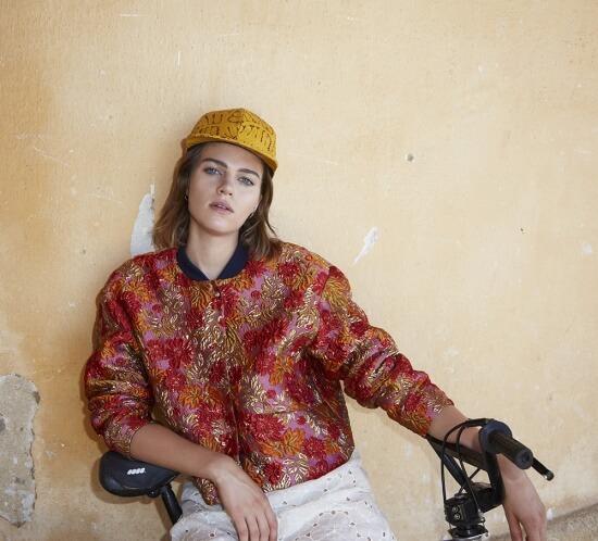 Sportswear Look - ROSEANNA ©Thierry Lebraly