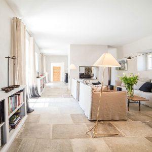 archi talentueux 4 cabinets qui cultivent le sud. Black Bedroom Furniture Sets. Home Design Ideas