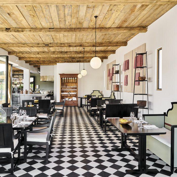 Chateau-La-Coste_Francis-Mallmann-Restaurant-©Richard-Haughton