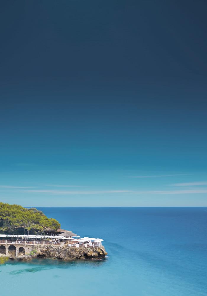 relais-chateaux-la-Vigie-lounge-restaurant-monte-carlo-beach