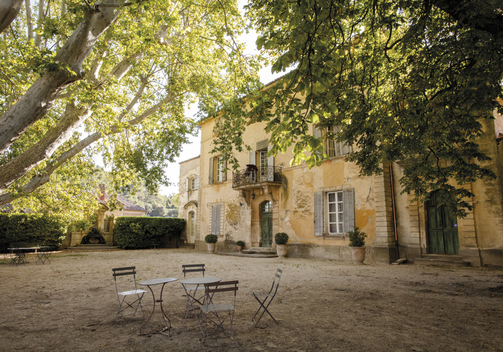 vins-bio-luberon-Chateau-la-Canorgue-©Estellane