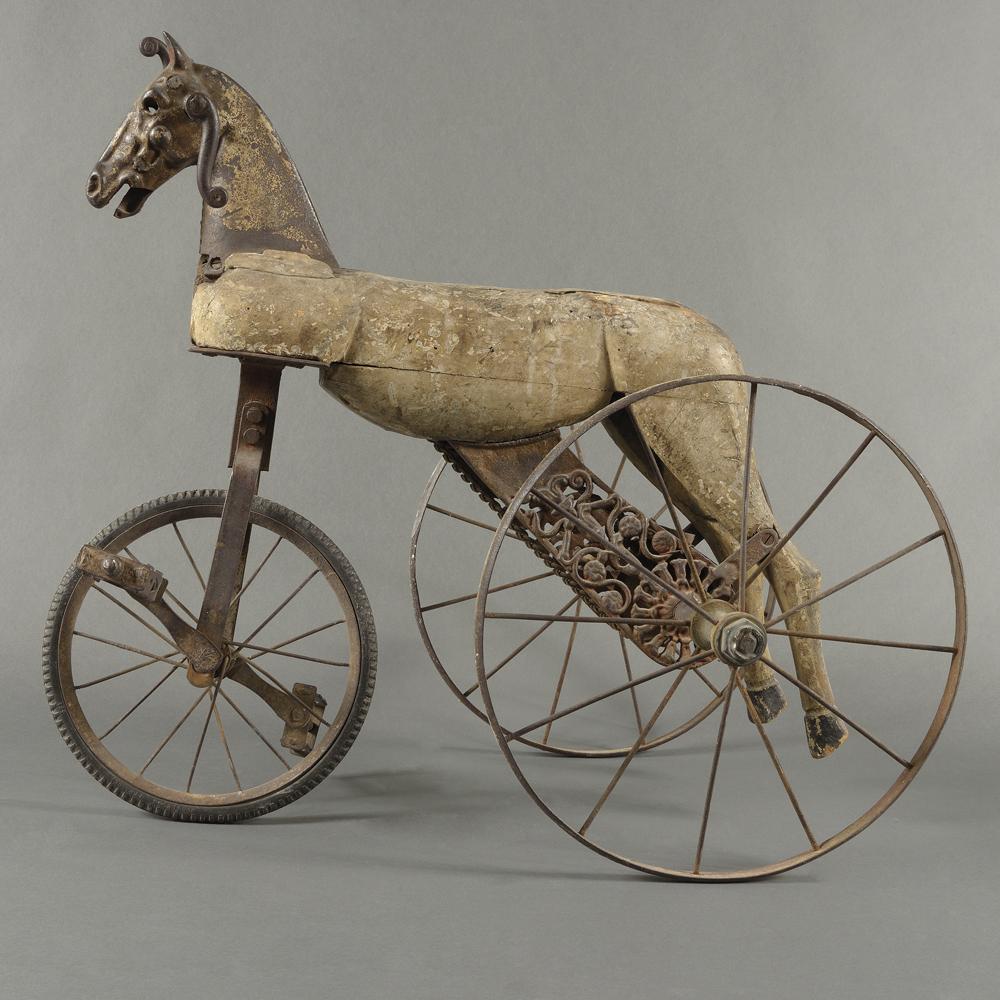 culture-sud-palais-des-papes-avignon-mirabilis-Cheval-Tricycle-Roure©Caroline-Martens