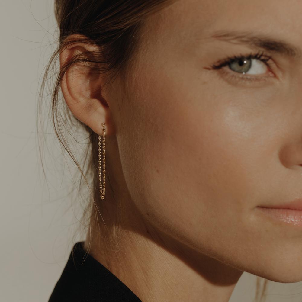 charlet-bijoux-boucle-d'oreille-diamantee-triple-chaine