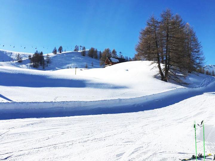 sur-les-pistes-de-ski-auron