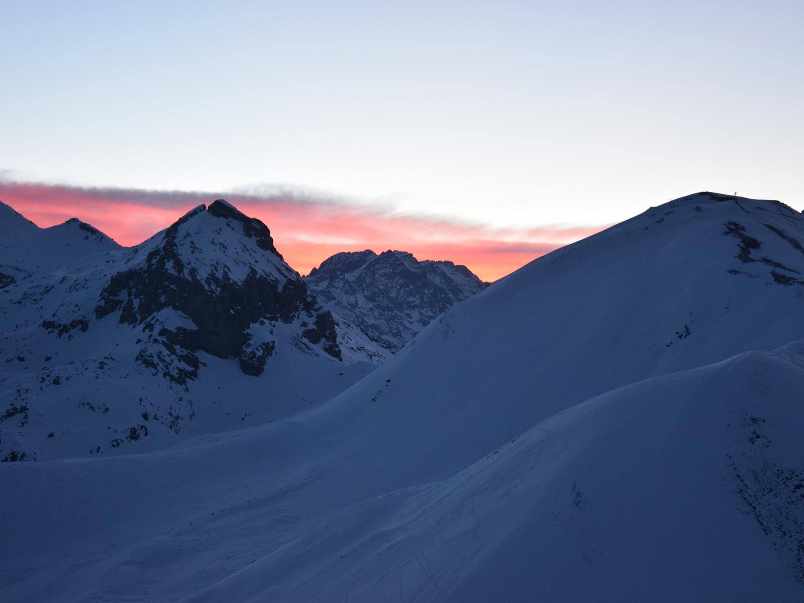 sur-les-pistes-de-ski-majeste-domaine-serre-chevalier