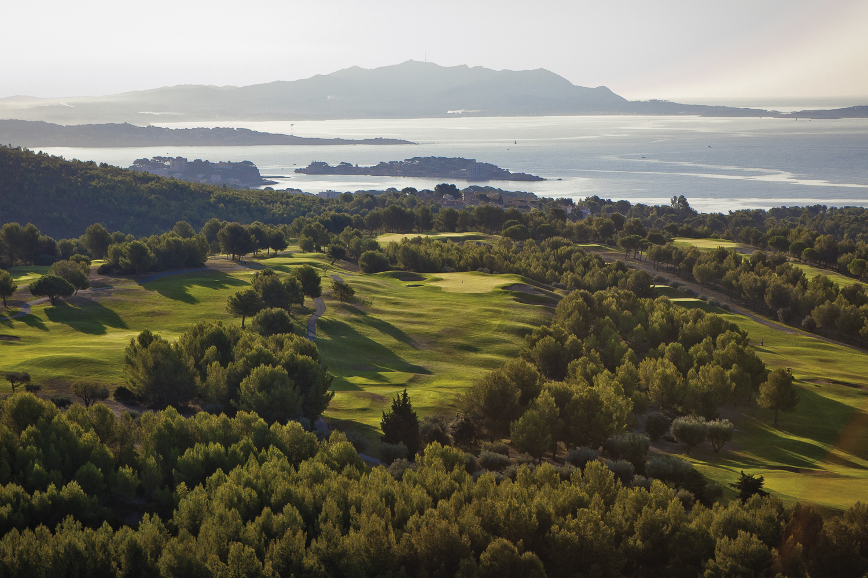 panorama-golfs-cote-d'azur-golf-de-dolce-fregate-saint-cyr-sur-mer