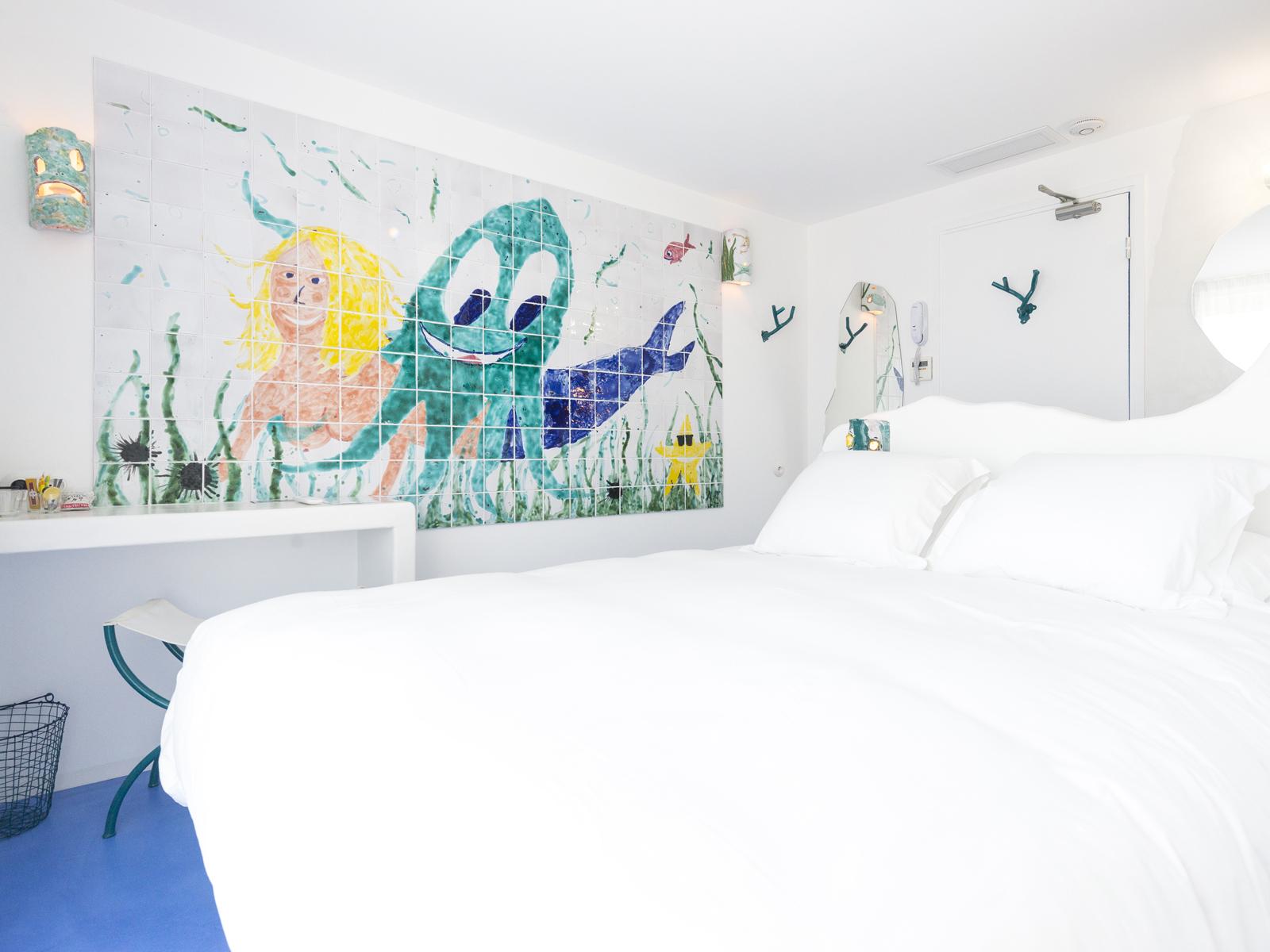 Hotel-La-Reine-Jane-Hyeres-Chambre-15-GRULIER-&-DEFOUR