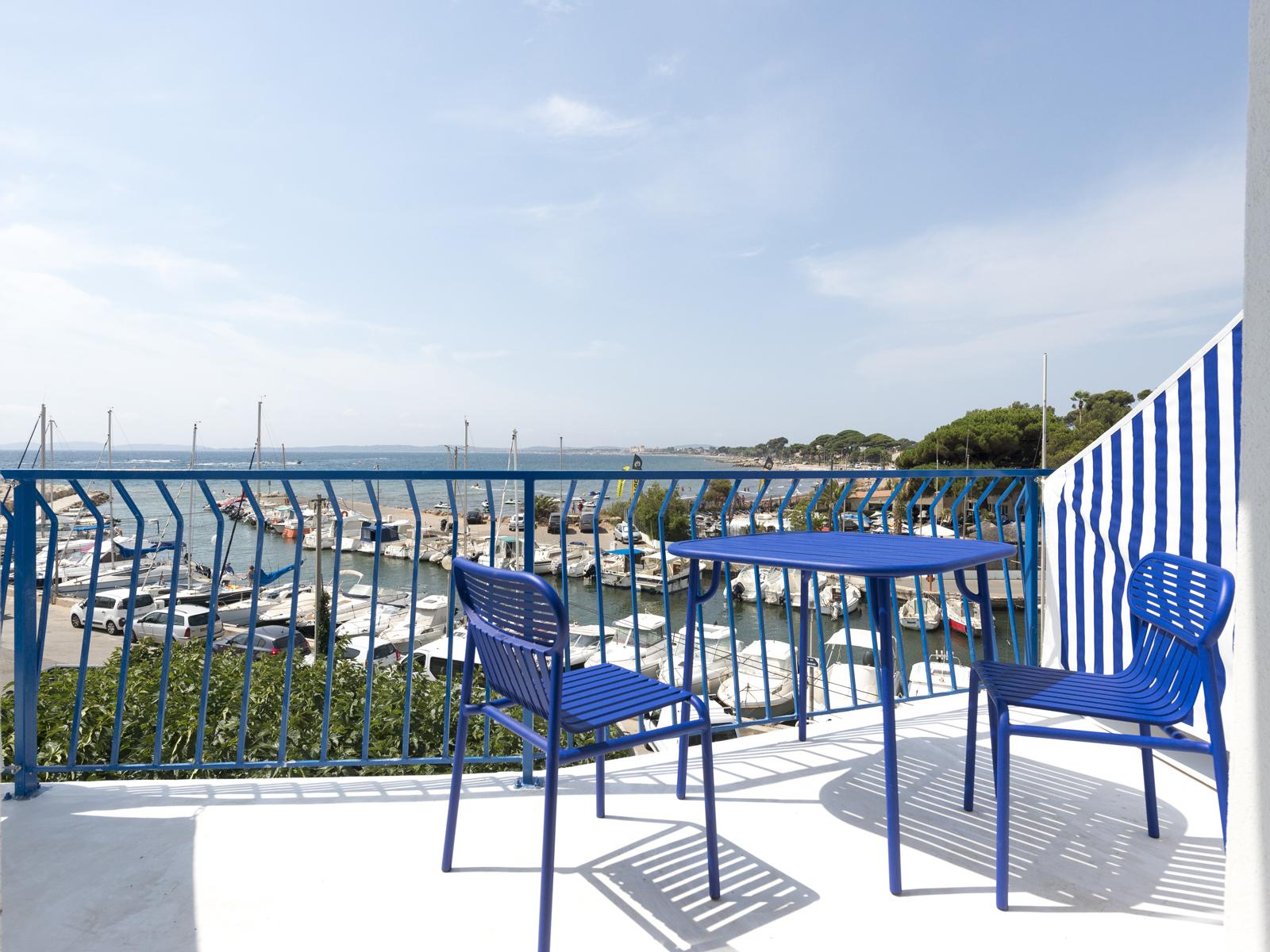 hotel-la-reine-jane-Terrasse-chambre