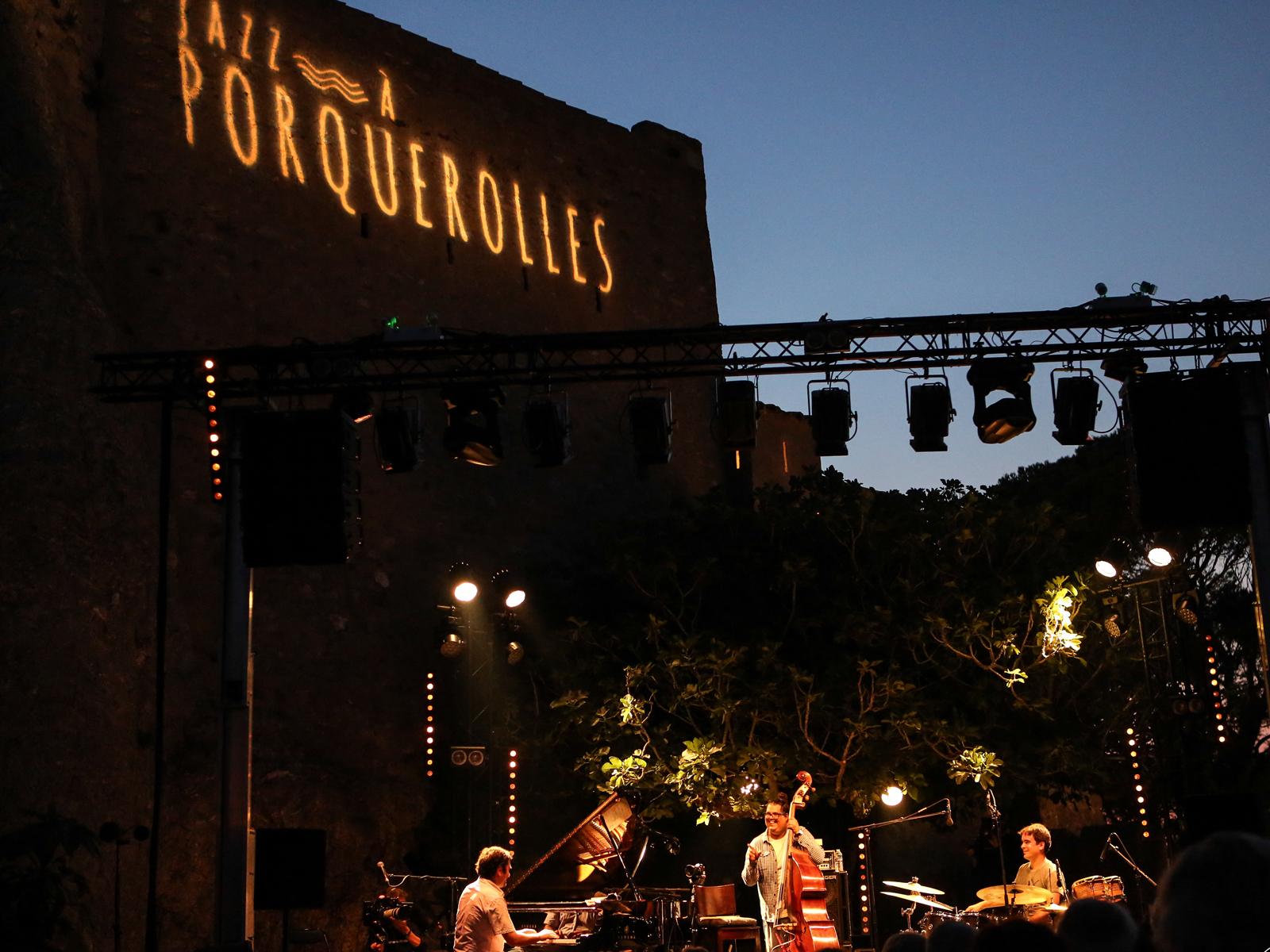 toulon-provence-mediterranee-festival-jazz-a-porquerolles