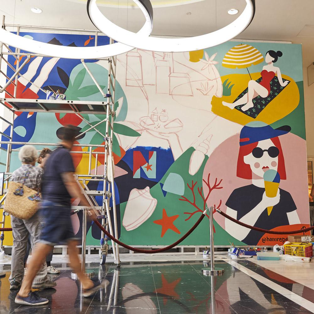 azur-la-riviera-nicetoile_fresque-murale-entree-perrine-honore-