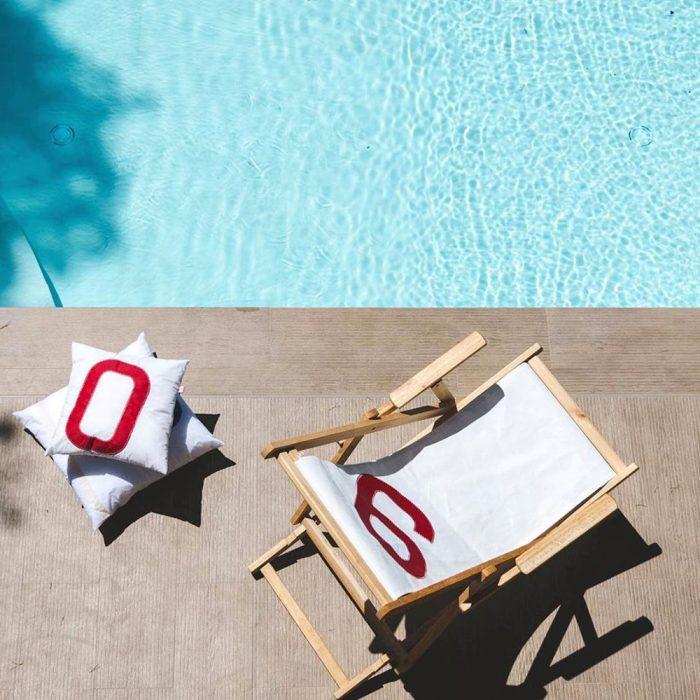 Les-Toiles-du-Large-transat-coussin-piscine