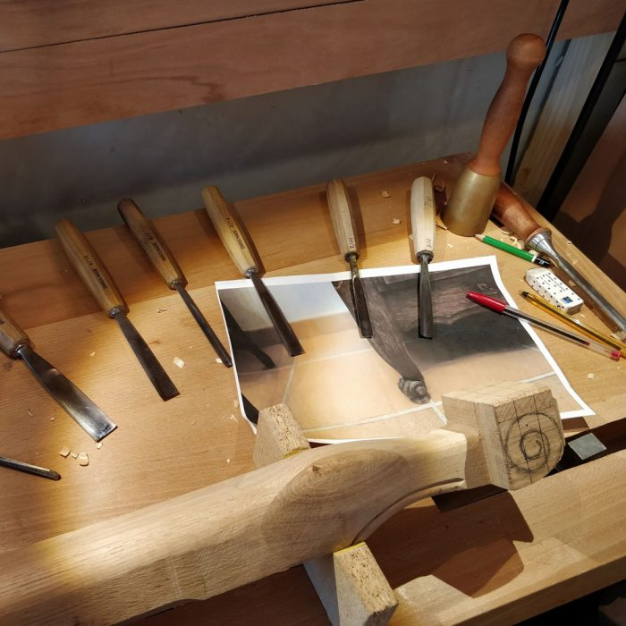 Atelier-Frederic-Lardeau-etabli-outils-bois