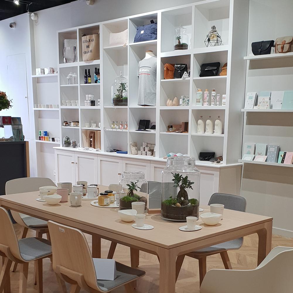 Balade-Vence-nouvelles-adresses-L'Atelier-Francais-univers-salon