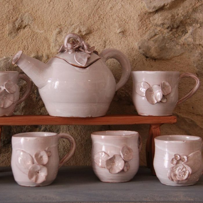 Element-Terre-poterie-gigondas-cmar-paca-service-a-the