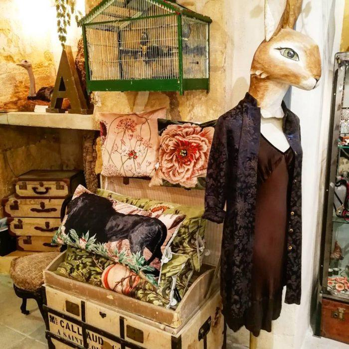 L'OISEAU-BLEU-Magali-ORTOLANI-Creatrice-textile-interieur-deco-coussins