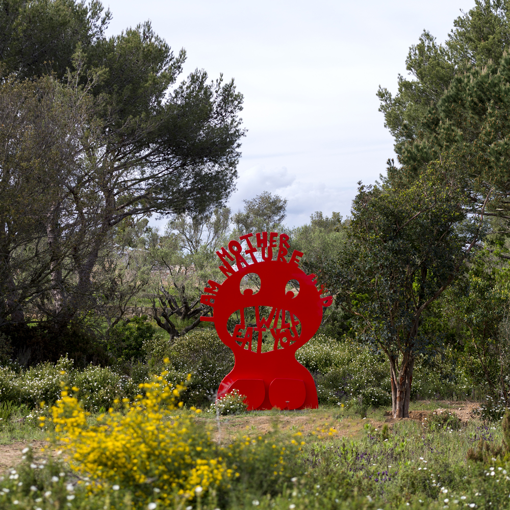 domaines-art-nature-fondation-carmignac-Olaf-Breuning-Mother-Nature-2018-photo-marc-domage