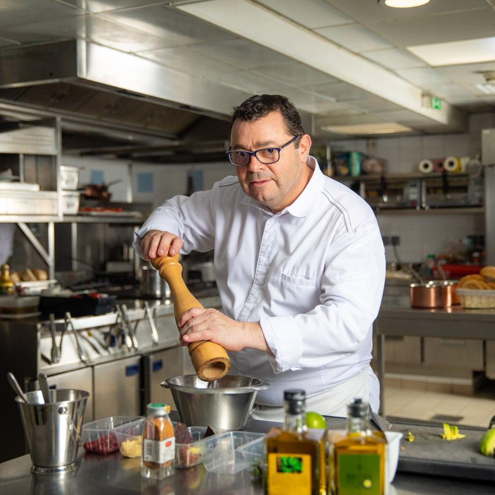 Delices-Chefs-Fetes-L'Azzurra-Novotel-Monte-Carlo-chef-Frederic-Ramos