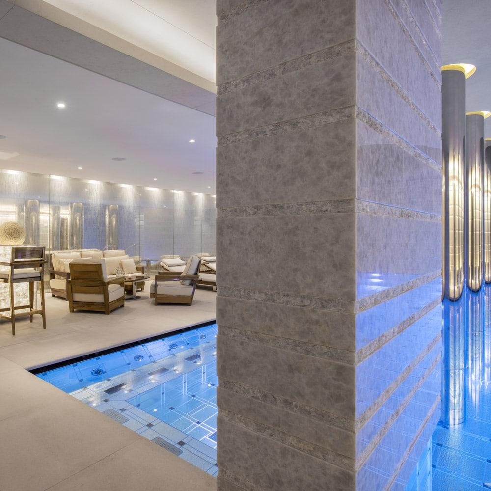 Destination-bien-etre-fetes-ODEON-spa-monaco-piscine-bar