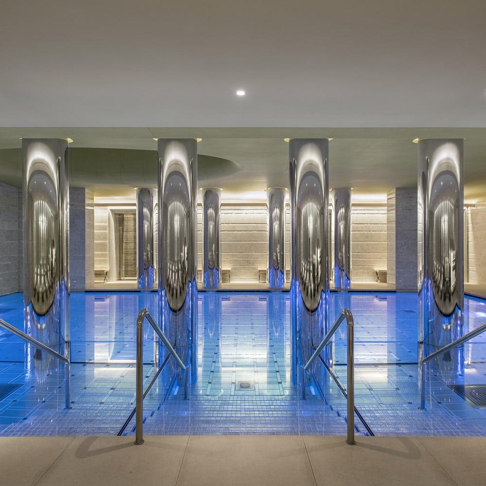 Destination-bien-etre-fetes-ODEON-spa-monaco-piscine-interieure