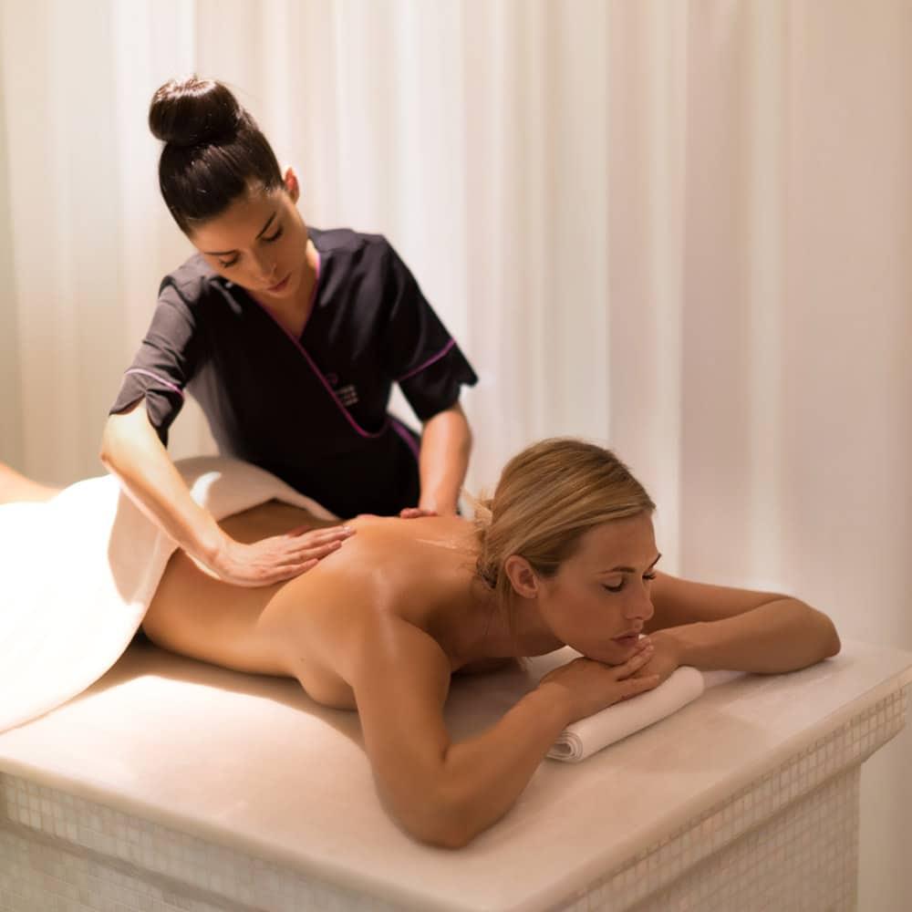 Destination-bien-etre-fetes-RADISSON-Blu-Cannes-massage