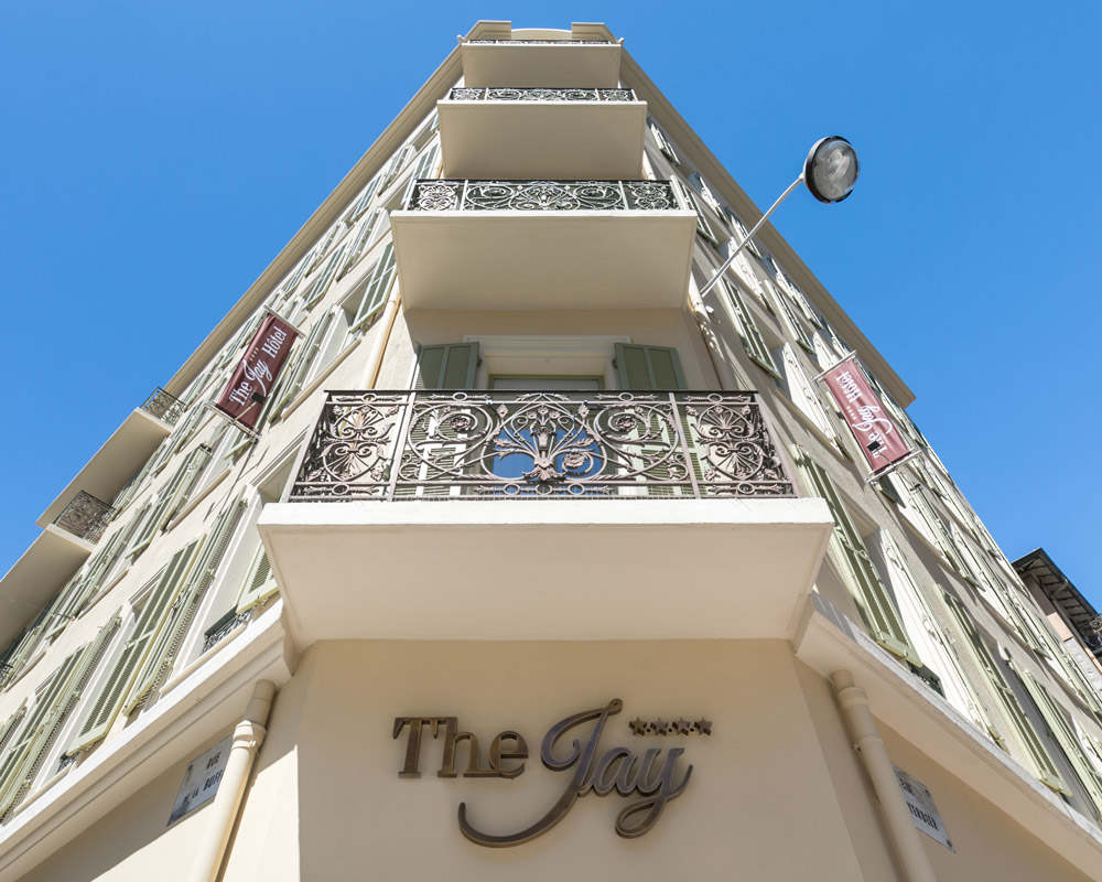Hotel-Jay-by-HappyCulture-Nice-facade-batiment-hotel