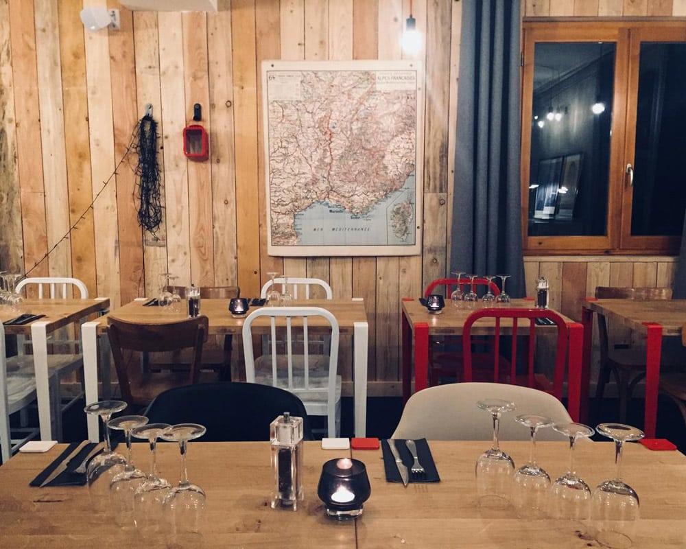 Pistes-Alpes-du-Sud-Vars-Skitchen-restaurant