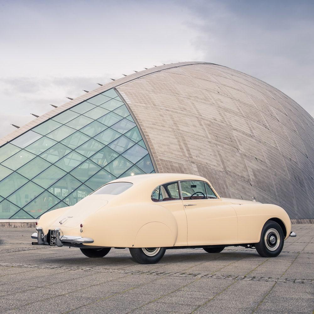 nouveautes-mode-luxe-Bentley-Continental-Evolution-of-an-Icon-8