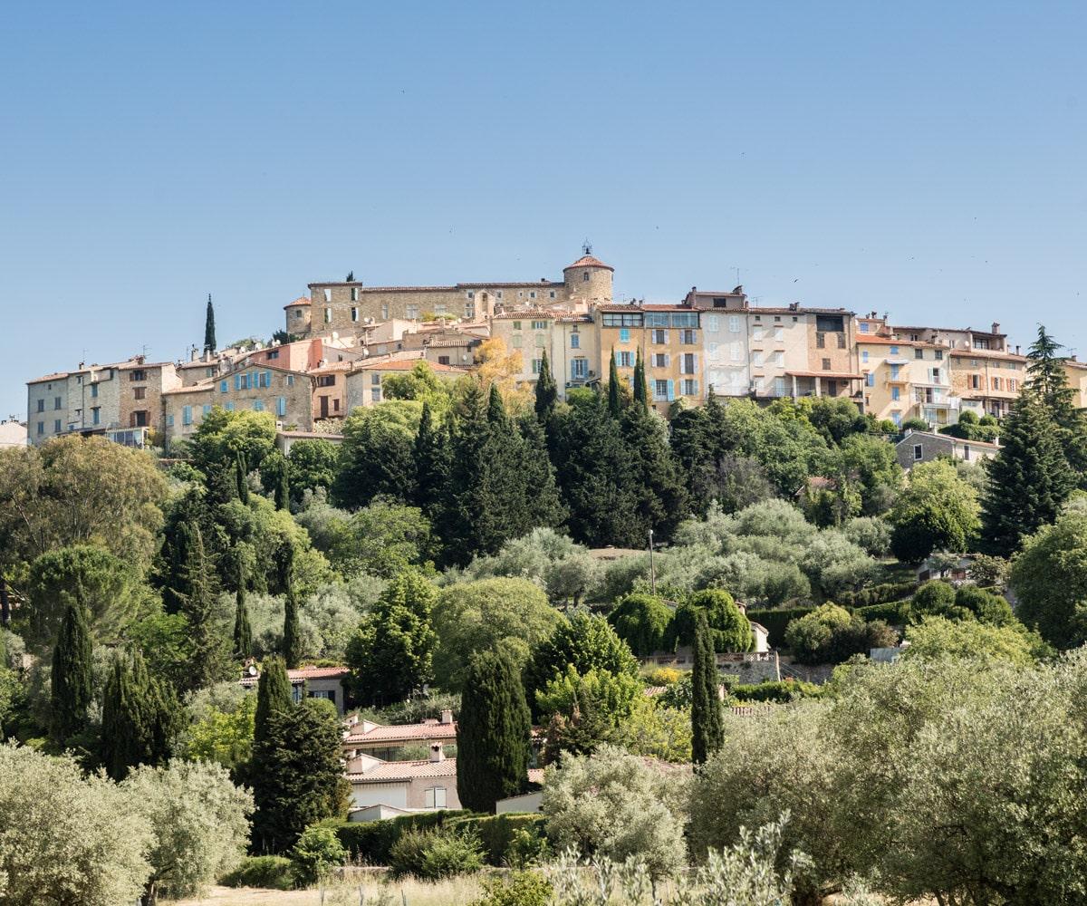 terre-blanche-callian-village-perche