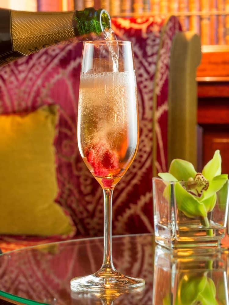 Cocktail LA VIE EN ROSE_Bar Hotel Metropole Monte Carlo_Studio Phenix