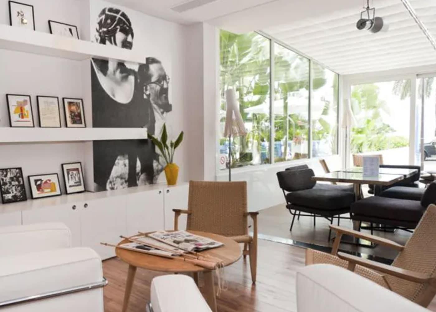 Confinez-moi-ici-Hotel-Victoria-Roquebrune-Cap-Martin-Cap-Moderne