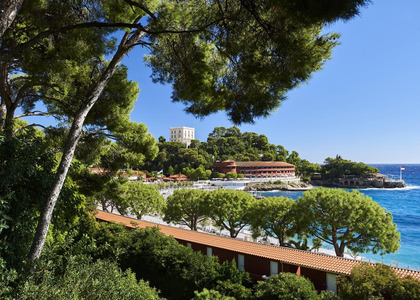 hotels-confinez-moi-ici-#4-mcmd-SBM-monte-carlo-beach-vue-exterieure