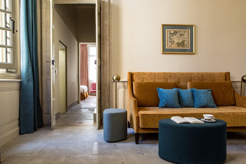 Deconfinez-moi-ici-#7-La-Maison-d'Uzes-Suite-Ducale-Salon