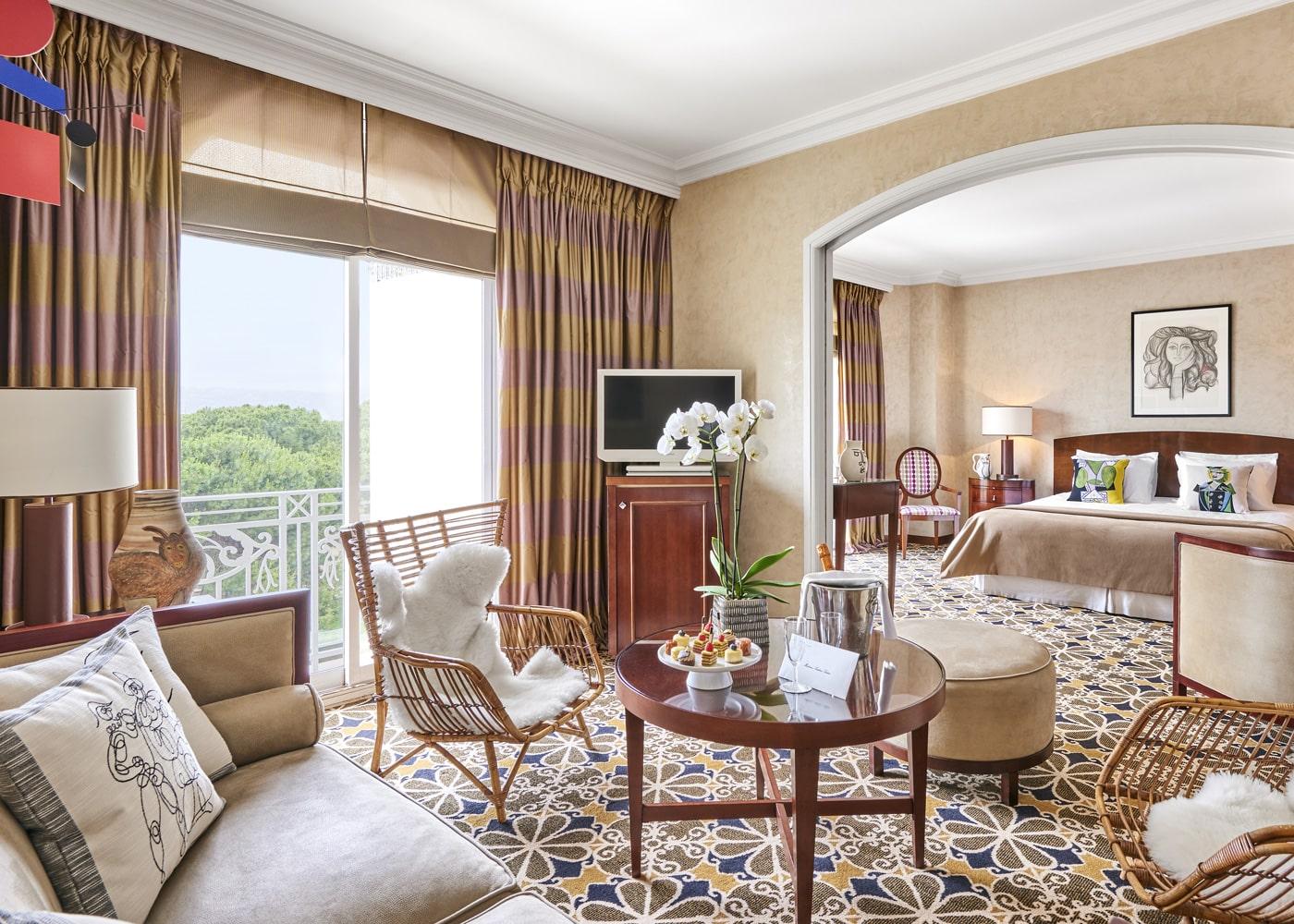 deconfinez-moi-ici-#6-Hotel-Juana-chambre-suite-vue