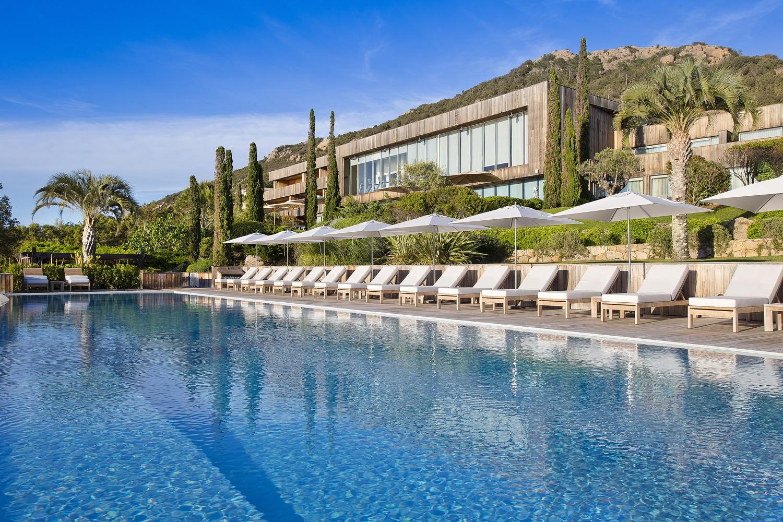 Hotel-Casadelmar-Porto-vecchio-piscine-©-Serge-Detalle