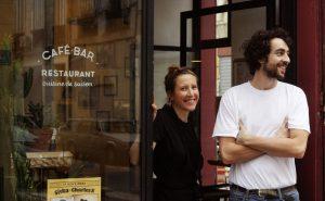 les-eaux-de-mars-restaurant-marseille-couple