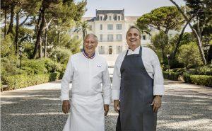 Hotel-Cap-Eden-Roc-Chefs-Arnaud-Poette-et-ERIC-FRECHON-BRISTOL-mcmd