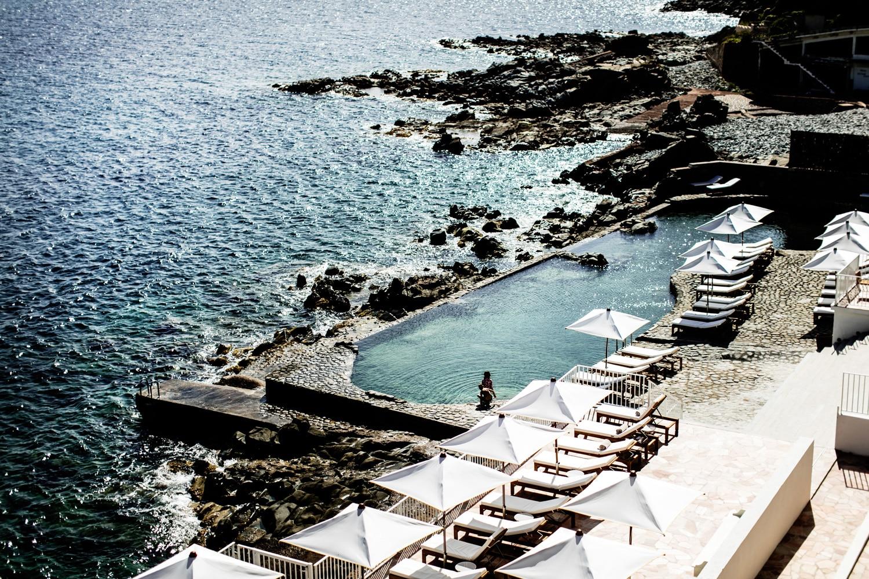 Piscines-Hotels-Les-Roches-Rouges-Saint-Raphaael-HRR---SALT-POOL