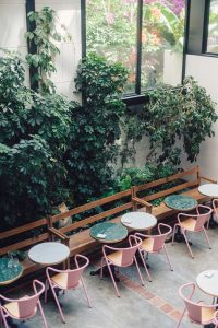 hotel-amour-nice-patio-restaurant