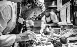 La-Vague-d'Or-Chef-Arnaud-Donckele©Gianni-Villa