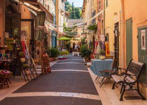 valbonne-sophia-antipolis-shopping-boutiques-ruelles