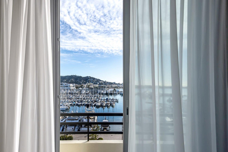 Radisson-Blu-1835-Cannes-CHAMBRE-6---18