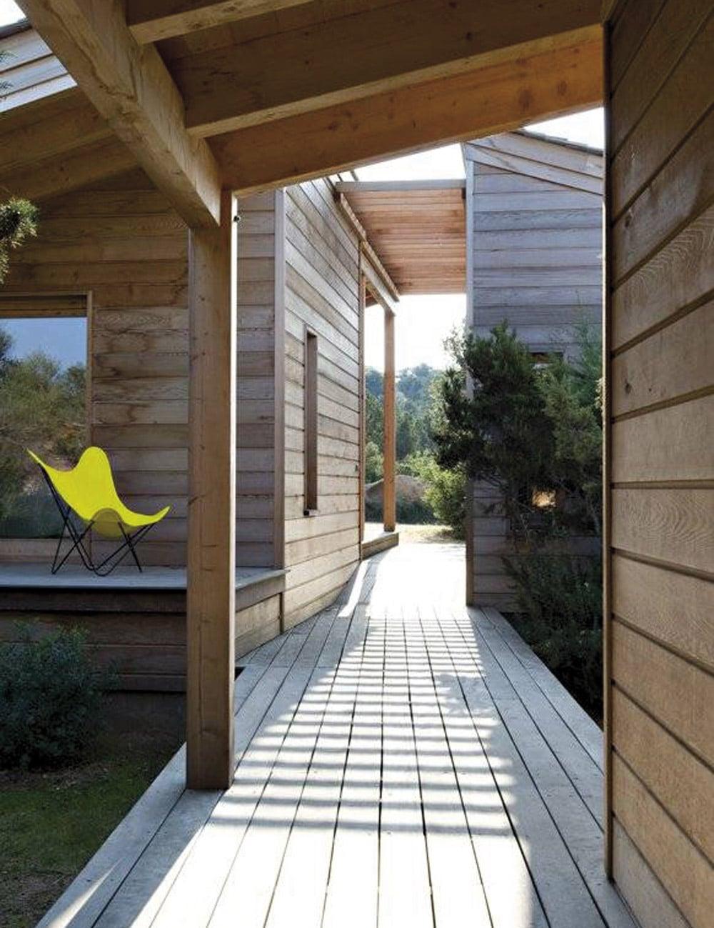 Charpentiers-de-la-Corse-construction_bois_maison_en_ossature_bois___corse_du_sud__2010
