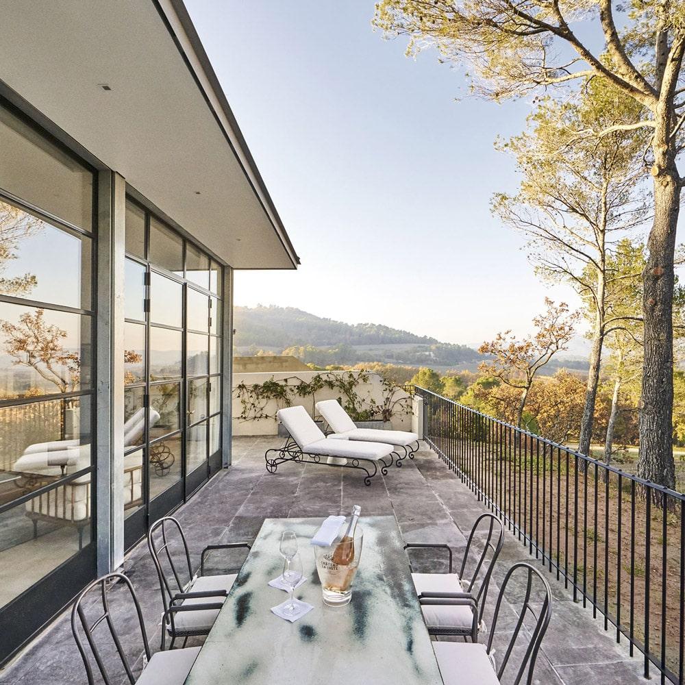 mcmd-vignobles-hotels-luxe Villa-La-Coste-Villa-3-Terrasse-©Richard-Haughton