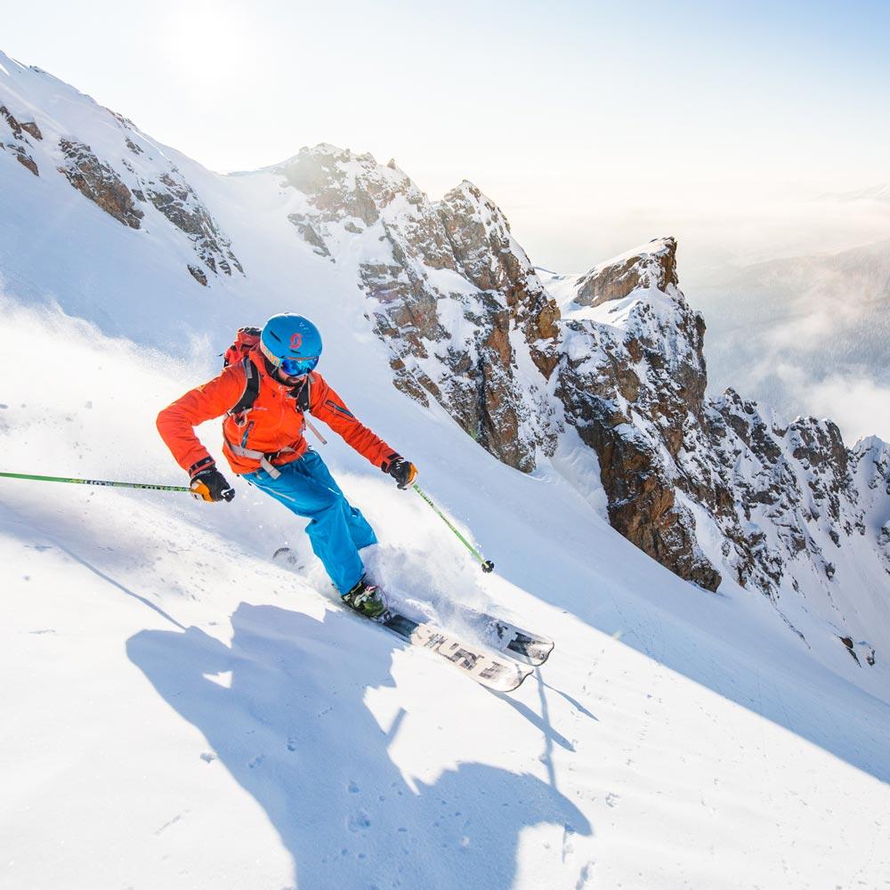 -Ski-Pays-des-Ecrins-Pelvoux-Vallouise-Ski-de-randonne-la_blanche