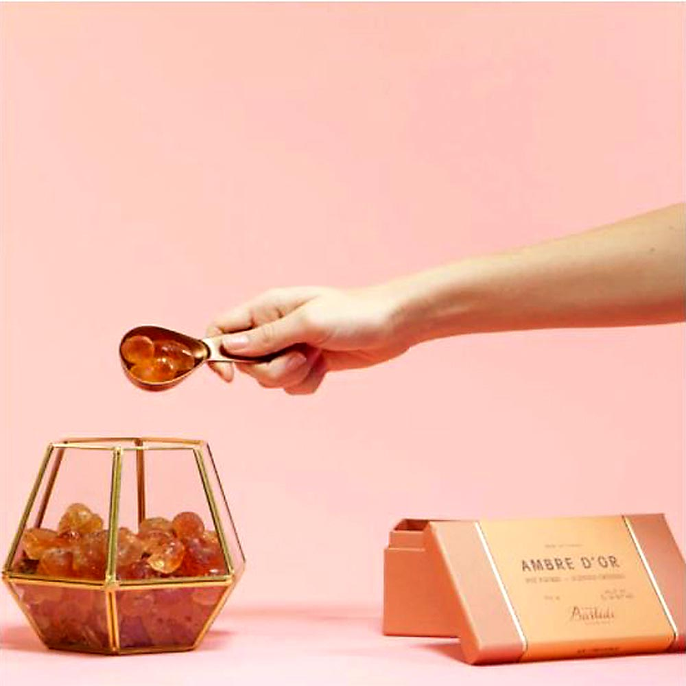 Bastide-pot-pourri-Ambre-d'Or-cristaux-ecrin-en-verre