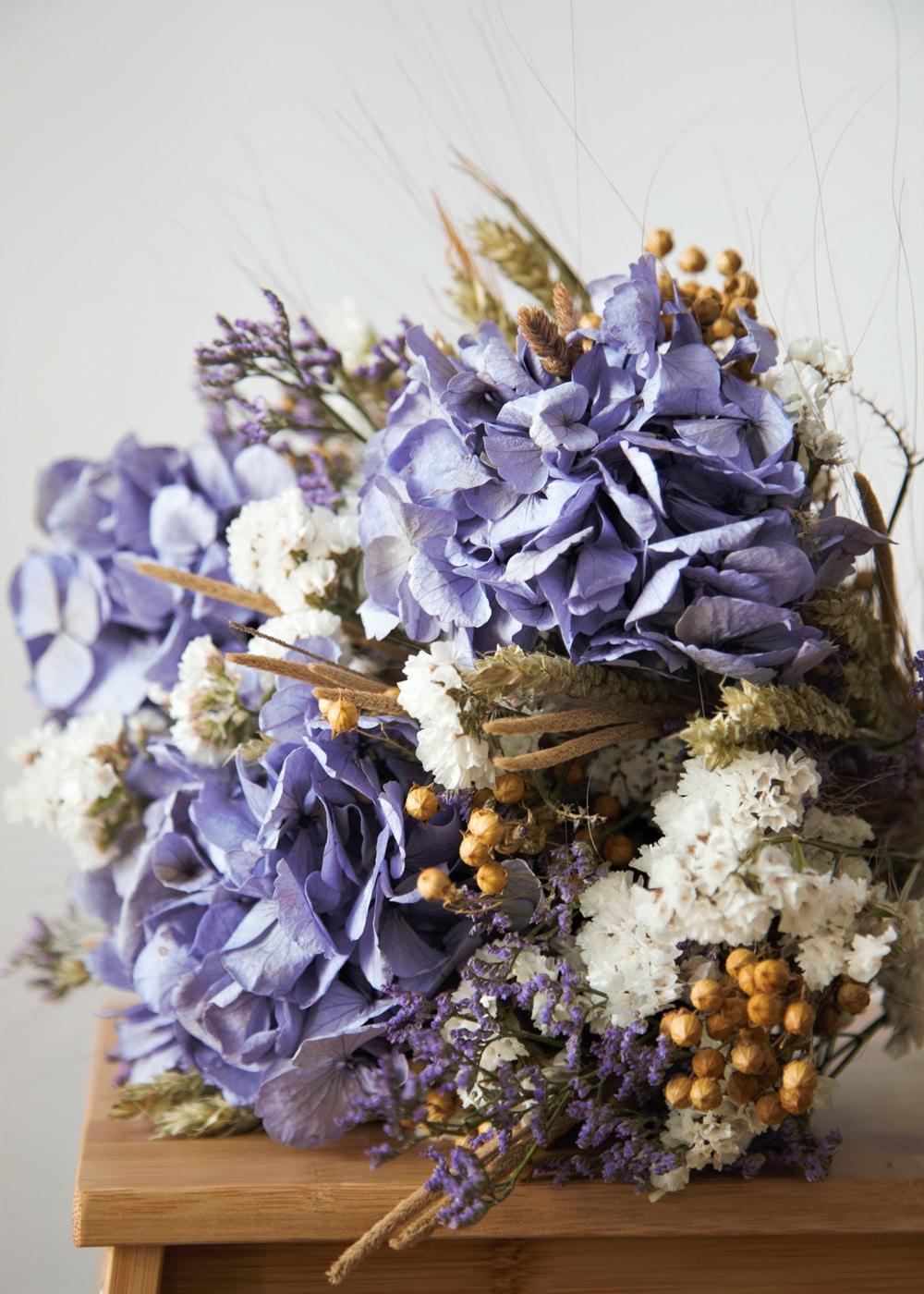 Ambelle-Deco-Marseille-bouquet-fleurs-violettes