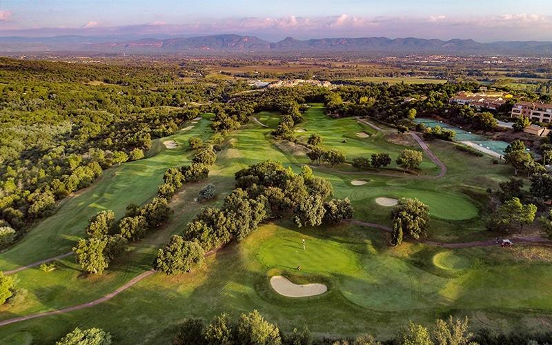 Golf de Roquebrune Resort-Sudnly-mag-6 golfs pour un été swing-