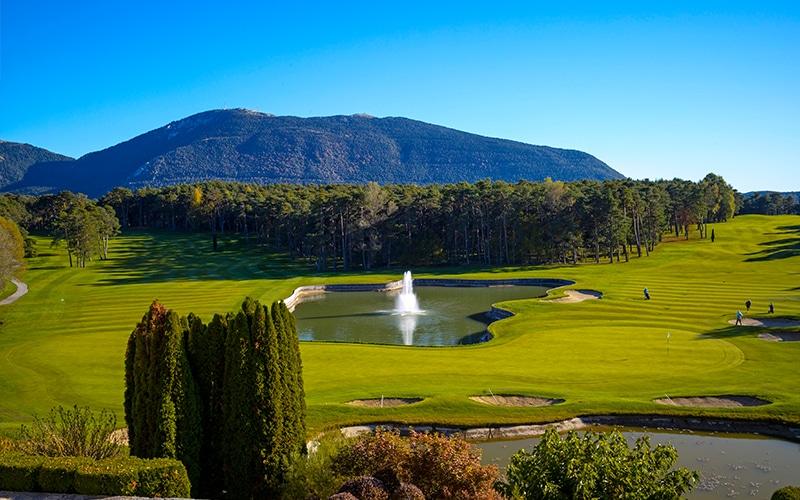 Sudnly-mag-6 golfs pour un été swing-Château-de-Taulane